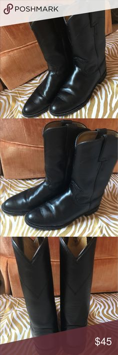⭐️⭐️VINTAGE BLACK JUSTIN BOOTS ⭐️⭐️ VINTAGE JUSTIN BOOTS, black, good condition, very few scuffs, fits a women's size 7 Justin Boots Shoes Heeled Boots