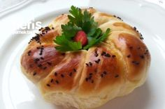 Tel Tel Yumuşacık Açma Tarifi Turkish Recipes, Italian Recipes, Ethnic Recipes, Turkish Sweets, Fish And Meat, Fresh Fruits And Vegetables, Hot Dog Buns, Breakfast Recipes, Food And Drink