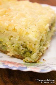 Torta de Liquidificador Brócolis e Queijo, para o lanche ou um almoço leve, acompanhado com uma salada verde divina. Para ver a receita, clique na imagem para ir ao Manga com Pimenta.