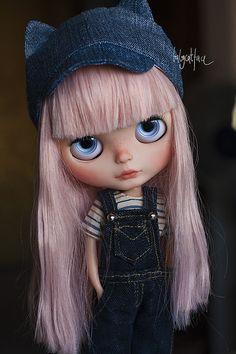 Custom Blythe Miss pink hair | da _babycatface_