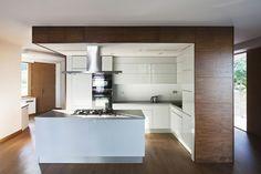 idée de design original de cuisine blanche