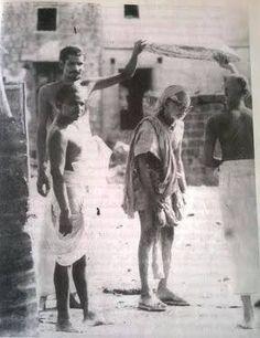 MahaPeriyavaPurnam - In The Presence Of The Divine : Chapter 6 - Part 4 Saints Of India, Sai Baba Pictures, Hindu Dharma, Swami Vivekananda, Shiva Shakti, Hindu Deities, Hindus, Indian Gods, Osho
