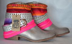 ETHNIC BOOTS with Ecuadorian textile and Afghan por MISIGABRIELLA