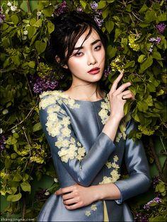 Phuong My SS14 collection feat Kwak Ji Young by Zhang Jingna. Hair: Cash Lawless Makeup: Tatyana Kharkova #fashion #summer #flowers