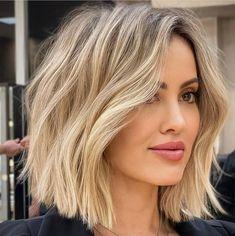Short Wavy Haircuts, Hairstyles Haircuts, Wavy Lob Haircut, Bob Haircuts, Summer Hairstyles, Medium Hair Styles, Short Hair Styles, Fresh Hair, Hair Highlights