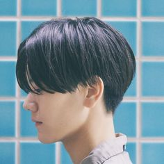 thick hair short mens hairstyles which are really awesome. – Men's Hairstyles and Beard Models Korean Haircut, Korean Short Hair, Short Hair Cuts, Short Hair Styles, Korean Men Hairstyle, Korean Hairstyles, Boy Short Hair, Asian Hair Men, Short Hair Tomboy