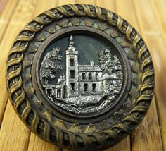 Button   Metal Picture Collectors Button   Picture by annswhimsey,