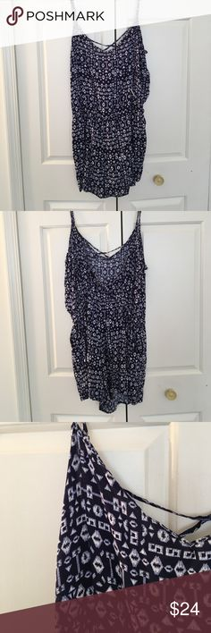 PRETTY NAVY & BLUE SHORTS ROMPER PLUS SIZE 2X Yes ladies it has pockets! Price firm Dresses