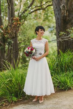 Vintage Style Second Hand Wedding Dress | Still White Australia