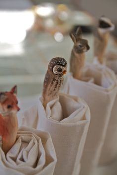 Animals Carved from Clothes Pegs -- Dishfunctional Designs: Clothespins & Hangers Upcycled & Repurposed Wooden Clothespins, Wooden Pegs, Wooden Owl, Wooden Spoons, Forest Creatures, Woodland Creatures, Woodland Animals, Best Wood Carving Tools, Clothes Pegs