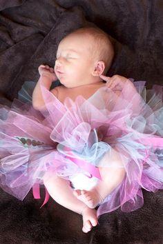 newborn tutus  www.facebook.com/tophatsandtutusfrisco