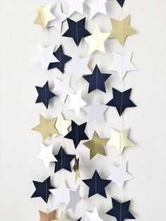 Navy Blue Gold Stars Garland Love You to the Moon and Back Nursery Birthday Garland Twinkle Twinkle Little Star Baby Shower Decorations - Dekoration Welt Decoracion Baby Shower Niña, Baby Shower Invitaciones, Navy Baby Showers, Star Baby Showers, Sailor Baby Showers, Birthday Garland, Diy Birthday Decorations, Baby Shower Ideas For Boys Decorations, Diy Baby Shower Centerpieces