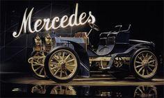 Seus automóveis são o sonho de consumo da maioria dos mortais que habitam este planeta, um forte simbolismo representado pela grade do r...