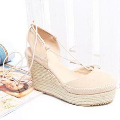Beige on top 😍 #vices #shoes #wedges #shoesaddict #espadrilles #instalike #follow #shoesontop
