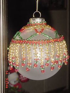 Beaded Christmas Decorations, Crochet Christmas Ornaments, Christmas Tree Ornaments, Christmas Mantels, Christmas Villages, Christmas Snowflakes, Christmas Christmas, Christmas Crafts, Beaded Ornament Covers