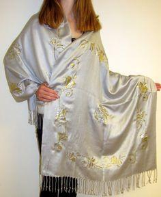 Wondrous Silver Shawl With Gold Border Design