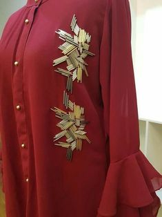 Ideas embroidery stitches letters fabrics for 2019 Hand Embroidery Dress, Bead Embroidery Patterns, Couture Embroidery, Embroidery Suits, Embroidery Fashion, Hand Embroidery Designs, Beaded Embroidery, Embroidery Stitches, Mode Abaya