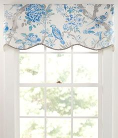 Central Park Lined Scalloped Valance
