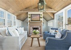 """Benjamin Moore Color of the Year 2016: Simply White, Color Trends and Interiors - """"Whitewashed Ceiling"""""""