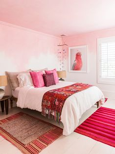 Home Decor Recibidor bed styling ideas // pink bedroom.Home Decor Recibidor bed styling ideas // pink bedroom Pink Bedroom Design, Home Bedroom, Bedroom Design, Home Decor, Bed, Room Colors, Bed Styling, How To Make Bed, Decorating Mistakes