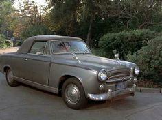 Peugeot 403 Cabrio del 1955 (auto del Ten. COLOMBO)