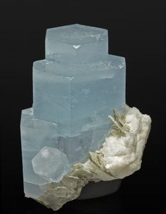 Aquamarine stacked crystals on Muscovite and Albite matrix, Gilgit-Baltistan, Pakistan