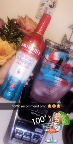Smirnoff Bomb Pop / Firecracker: 6 popsicles, 3 cups pink lemonade, cups red, white & berry Smirnoff, 1 can sprite and fill with ice 🇺🇸 Liquor Drinks, Cocktail Drinks, Summer Drinks, Fun Drinks, Bomb Drinks, Limonade Rose, Alcholic Drinks, Alcohol Drink Recipes, Slushy Alcohol Drinks