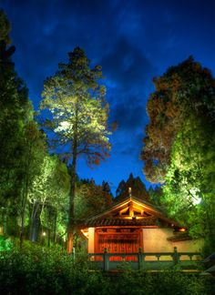 A rest area along the ascent to a hill top temple in Lijiang, China -- Photo by Trey Ratcliff