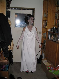 Rose as Bride of Frankenstein 2009 | halloween costume, Brid… | Flickr