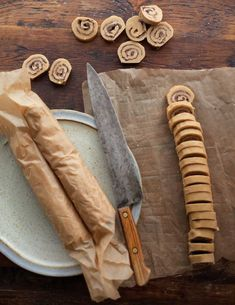Peanut Butter-Chocolate Swirls by Williams-Sonoma. These crisp chocolate and peanut buttery cookies are great for a crowd, as one batch yields lots of cookies. Make the dough ahead and keep it in the freezer, then just slice and bake what you want. Köstliche Desserts, Delicious Desserts, Dessert Recipes, Yummy Food, Dessert Healthy, Chocolate Swirl, Chocolate Peanut Butter, Chocolate Cookies, Organic Chocolate