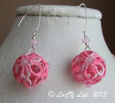 laCY life: Pink Lace Ball