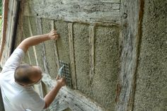 Natural carbon-neutral hemp-crete featured in renovation and retrofit of colonial Tudor-era wattle-and-daub manor house in England