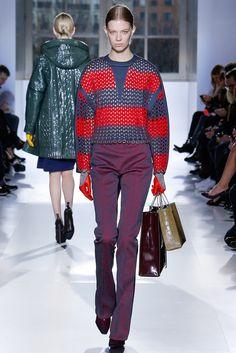 Balenciaga Fall 2014 Ready-to-Wear Fashion Show - Lexi Boling