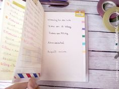 Because of the paper is very thin and I don't want leave the mark of the pen on the pages later, I cut a piece of cardboard, on which I also added the color code, so I don't have always to return to the first pages to find the refering color.-- Lucy-Wonderland: il mio bullet journal