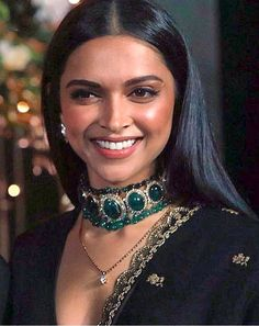 Deepika is a blessing ♥️♥️ Queen Queen Queen kudos to The Beauty Queen Deepika Padukone love 😘 Deepika Ranveer, Deepika Padukone Style, Shraddha Kapoor, Ranbir Kapoor, Deepika Padukone Lehenga, Ranveer Singh, Shahrukh Khan, Indian Bridal Fashion, Indian Wedding Jewelry