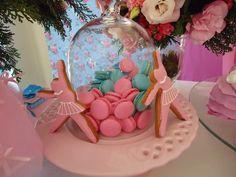 Venha se inspirar nesta linda Festa Dora Bailarina!!Imagens da Facebook Dani Festeira.Lindas ideias e muita inspiração.Um fim de semana maravilhoso para todo mundo.Bjs, Fabíola Teles.Mais ideias...