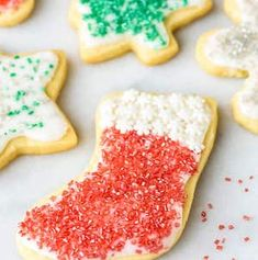 Make the holidays even sweeter with this Festive Cream Cheese Sugar Cookies recipe. Baking cream cheese sugar cookies is a fun activity for the family. Sugar Cookie Recipe No Chill, Sugar Cookies From Scratch, Rolled Sugar Cookies, Sugar Cookies Recipe, Cookie Recipes, Cookies Soft, Crinkle Cookies, Cookie Ideas, Snowball Cookies