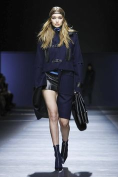Versace Fashion Show Ready To Wear Collection Fall Winter 2016 in Milan