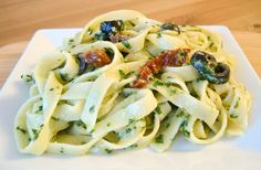 maple•spice: Pesto Pasta with Sun Dried Tomatoes and Black Olives