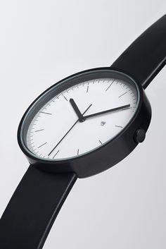 Wristwatch beauty – 200 series calendar wristwatch by Uniform Wares