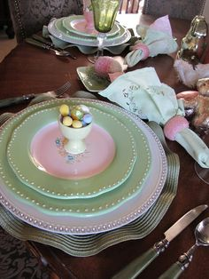 Purple Chocolat Home: Country Bunny Tablescape