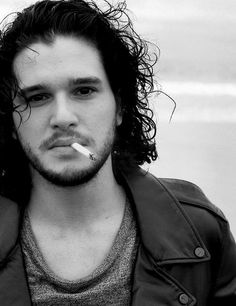 Kit Harington, the perfect hot and sexy male that every girl would love to marry! (known for playing Albert Narracott in War Horse and Jon Snow in Game of Thrones)