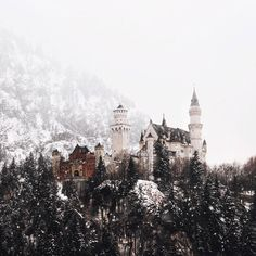 36 Ideas nature photography landscape fairy tales for 2019 Beautiful World, Beautiful Places, Beautiful Friend, Winter Fairy, Winter Snow, Neuschwanstein Castle, Paladin, Adventure Is Out There, Narnia