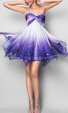 purple dress Looks like a fairy dress Ombre Prom Dresses, Grad Dresses, Homecoming Dresses, Evening Dresses, Short Dresses, Formal Dresses, Pretty Outfits, Pretty Dresses, Cocktail Vestidos
