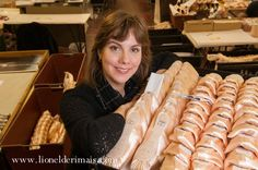 Freed pointe shoes - Sophie Simpson, one of Freed's pointe shoe fitters, helps professional ballet dancers from all