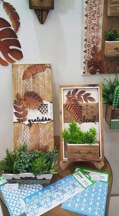 Wood Crafts, Diy And Crafts, Arts And Crafts, Arte Pallet, Wooden Cutouts, Scrapbook Cards, Creative Art, Wood Signs, Ladder Decor