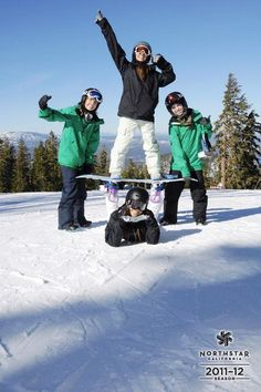 Sacramento State Ski and Snowboard Team @ northstar Sacramento State Ski und Snowboard Team @ northstar Snow Pictures, Friend Pictures, Photo Ski, Sacramento State, Snowboard Girl, Snowboarding Outfit, Snow Photography, Foto Pose, Winter Pictures