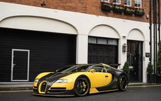 Bugatti Veyron, sports car, yellow and black Veyron, Bugatti