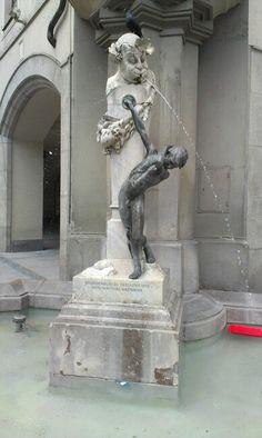 Brunnen beim Stachus #Fountain #Munich #Germany