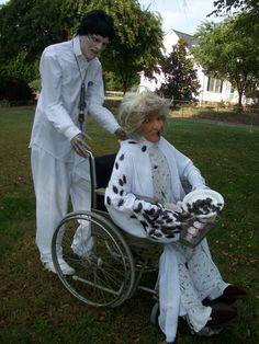 more asylum patients... also in a wheel chair
